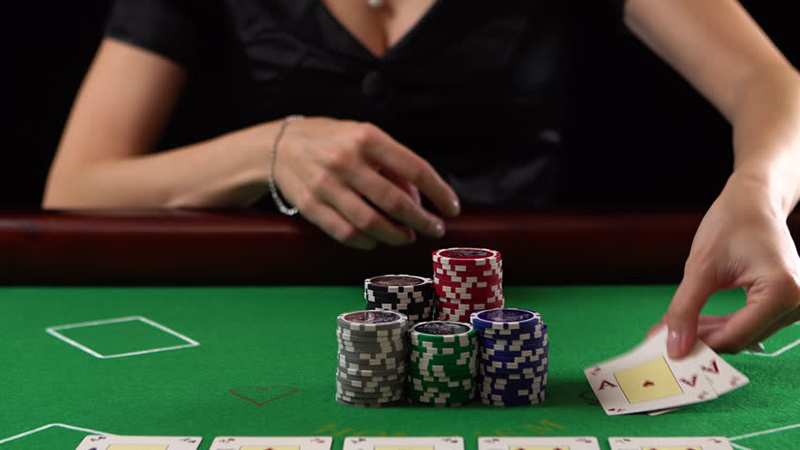 Winning poker on the flop