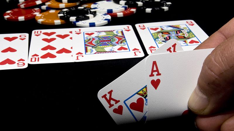 Flush draw in poker