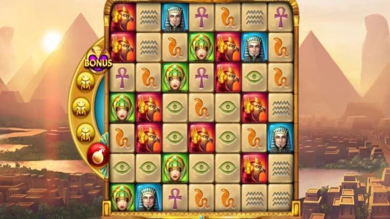golden glyph slot gameplay